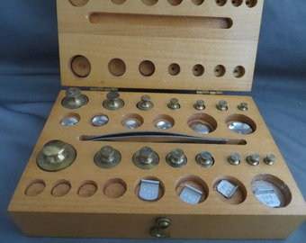 1950's-60's Vintage Troemner Weight Set and Case