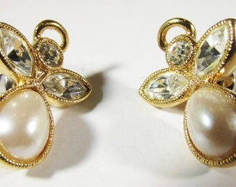 Vintage 1970s Signed Avon Faux Pearl and Rhinestone Angel Earrings