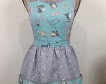 Retro/Vintage style kitchen print apron.