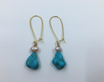 Turquoise and Freshwater Pearl Dangle Earring
