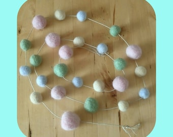 Needle Felted Pastel Ball Garland, Decoration.