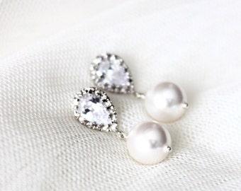 White Ivory Pearl Wedding Earrings Bridesmaid Gift Earrings Swarovski Crystal Pearl Bridal Earrings Wedding Jewelry bridal party gift