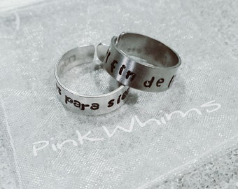 Aluminum ring engraved by hand