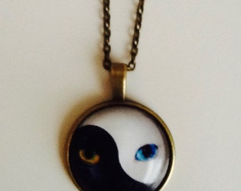 YIN YANG Cats Eyes Necklace