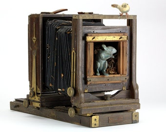 THE MOUSE HOUSE: Antique Early 1900's Agfa Ansco 4x5 Field Camera and Figurines – Barn Find!