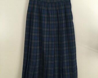 Vintage 70's Pendleton Tartan Pleated Wool Skirt