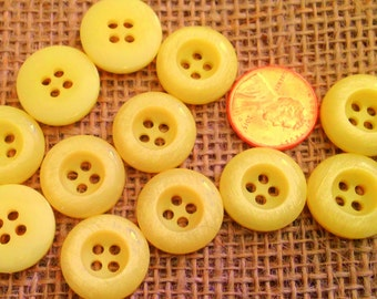 """Lot of 12 Concave Yellow Pearlized Plastic Buttons 11/16"""" 18mm # 7363"""