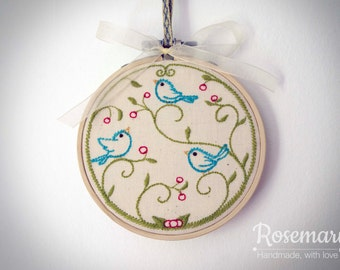 """Embroidered Vintage Style Birds 4"""" Embroidery Hoop"""