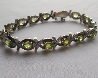 13 ct Peridot Antiqued Sterling Silver Bracelet | Peridot Silver Bracelet | August Birthstone Bracelet | Olive Green Peridot Bracelet