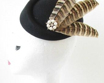Black Pheasant Feather Pillbox Hat Fascinator Vintage 1940s Races Brown 1920s S70 Burlesque Occasion