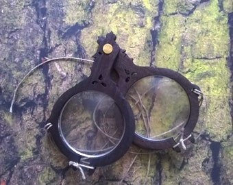 II Medieval eyeglasses, frames with glasses, medieval accesoriess