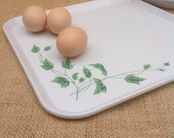 Serv-a-Dish Metal Tray with Ivy Vintage