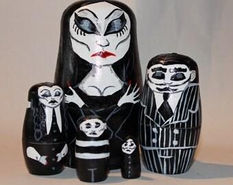 Addams Family Nesting dolls set (hand painted)