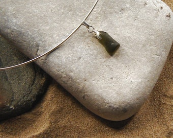 Sea Glass Necklace, Sea Glass Jewelry, Green Sea Glass Necklace, English Sea Glass Pendant, Olive Green Choker, Wire Choker, Choker Pendant