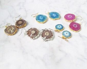 hot pink geode earrings, gold geode earrings,  Agate Geode Earrings, geode jewelry, druzy jewelry, raw gemstone earrings, raw stone jewelry