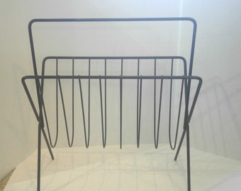 Black Metal Magazine Rack   Sleek Modern Design