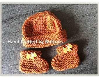 New born Hat and Bootees, Cotton baby bootees, Hand Knitted for baby, Cotton baby hat, UK Seller, Bootees and Hat, Christening, Newborn gift