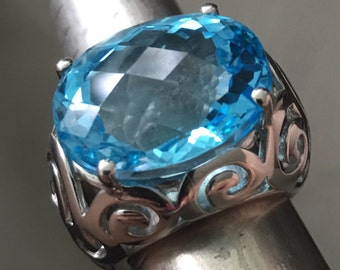 Blue topaz Ring oval sterling silver S925
