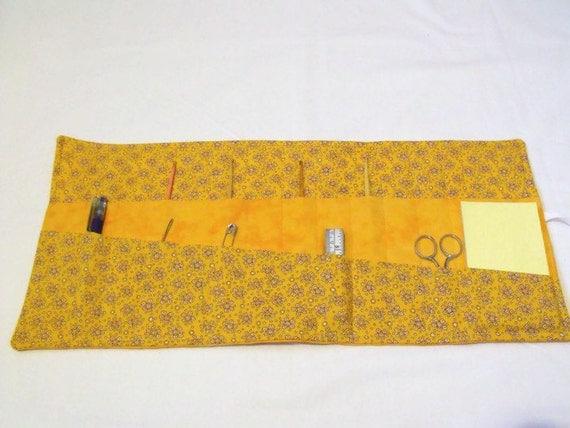 quilted hook case, crochet hook holder, crochet tool roll, crochet hook roll, gold cotton fabric