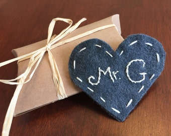 Heart bookmark with name or initial - CHARCOAL GRAY COLOR