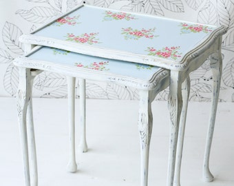 Shabby Chic Nest of Tables Annie Sloan Louis Blue White Painted Floral Top FREE UK DELIVERY