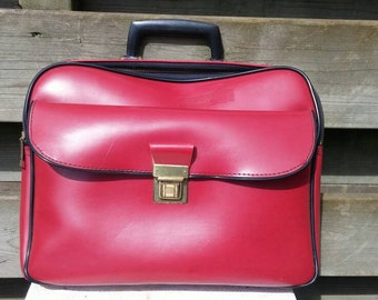 Red vintage skai bag laptop tablet office