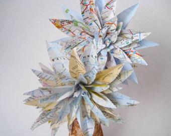 Travel Paper Flowers, Map Paper Dahlias, Stem Flowers, Map Paper Wedding Decor, Eco Wedding, Vintage Paper Flower, Travel Theme Wedding