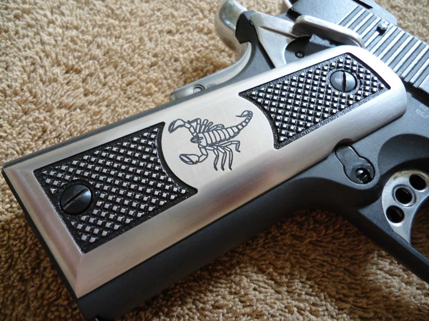 1911 Pistol Grips Scorpion with Checkering CNC Machined Satin