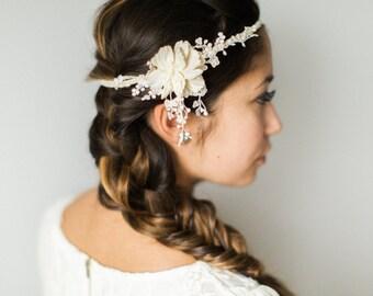 Ivory lace bridal headband- Romantic wedding headpiece- Bohemian bridal hair accessory- Flower Crown
