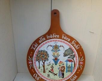 Hand Screened Cutting Board Dutch Swedish Scene Signed Berggren / Folk Art Painted Scene on Cutting Board / Decorative Wall Hanging