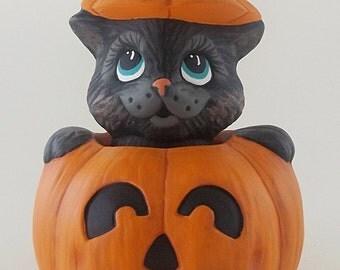 Ceramic Cat in Pumpkin | Ceramic Pumpkin | Black Cat | Halloween Cat,  Halloween Ceramics