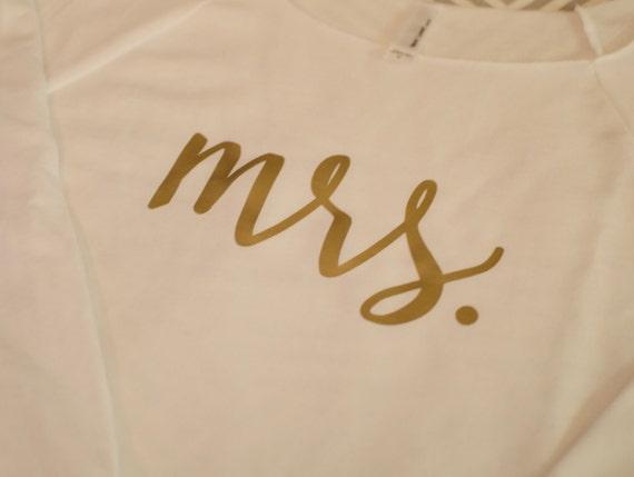 Mrs Tee. Bride Gift. Bridal Shower Gift. Mrs. Mrs long sleeve. Bride to be Gift. wifey tshirt, honeymoon
