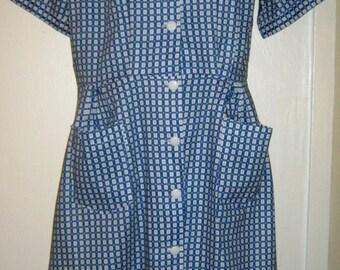"ON SALE - 1950's Cotton Button Through Day Dress - size 16/44"""