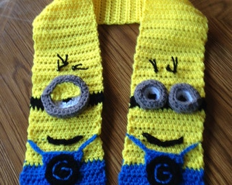 Child's Minion Scarf
