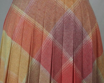 Vintage 1970s Plaid Wool Skirt-Lovely Colors and Great Condition-Size 6/8