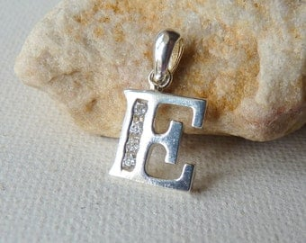 Sterling Silver White Cubic Zirconia Letter Initial E Pendnat Vintage Letter E Pendant, Small Silver Letter E Initial Charm, E Jewelry