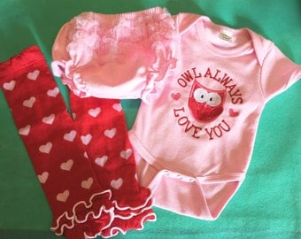 Pink Baby VALENTINES OUTFIT, Pink Heart Onesie, Heart Red Leg Warmers, Pink Ruffle Diaper Cover, Girls Valentines Outfit