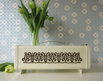 Vintage Cake or Gingerbread box White with Brown Retro Design Brabantia Netherlands 15171