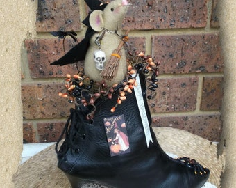 Halloween Decoration/Decor ~ Witch Mouse in Stiletto boot
