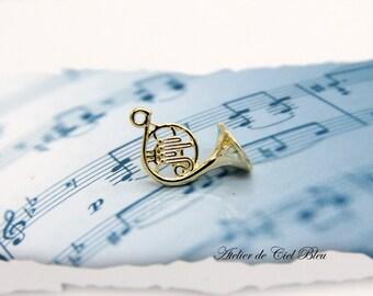French Horn Charm, Horn Charm, French Horn Pendant, Gold French Horn, Miniature French Horn, Musical Instrument Charm, Music Teacher Gift