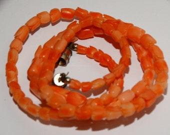 "Vintage Salmon Carved Coral Tulip Rose Bud 17"" Choker Necklace."