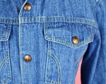 Montgomery Ward, Women's Vintage, 70s, Denim, Button Up Top // 1970s, Hippie Chic, Boho, Jean Shirt, Womens Size Medium