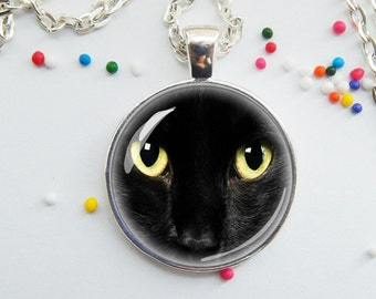 Black cat face pendant