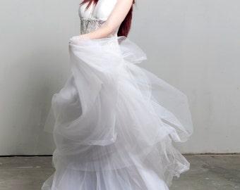 White Wedding Tulle Skirt Adult Tutu Extra Full Skirt Bridal Skirt Bridesmaid Long Tutu Skirt Beach Wedding Boho Bride Prom Wedding Separate