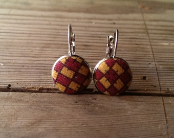 earrings, leverback earrings, fabric earrings, vintage fabric, fabric buttons, fabric button earrings, checkered, handmade, hancrafted,
