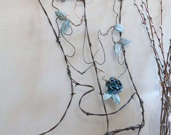 Rustic Barbed Wire Cowboy Boot with Copper Flowers, Rustic Chic, Rustic Decor, Western Decor, Wall Hanging