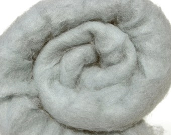 Carded wool batt for needle and wet felting. Strong and stable fiber. Dyed wool.  Silver gray, Light gray