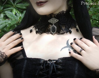 Set: Black Rose Lace Choker and Cuffs / Gothic Necklace and Lace Wrist Cuffs Elegant Lolita Baroque Goth Matching Fantasy Set