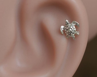 Tragus earring - Tragus Piercing - Cartilage Earring - Helix Piercing - Sterling Silver turtle