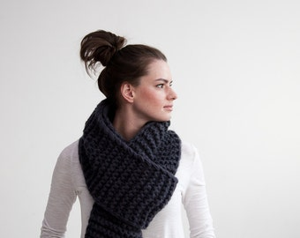 Hand knit Scarf, knitting, hand made, hand knit, chunky knitting scarf, extremeknitting, wool